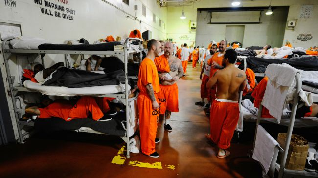 http://thegrio.files.wordpress.com/2012/11/california-prisoners-16x9.jpg?w=650&h=366