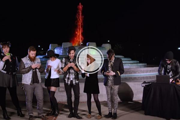 'Friends' replaced with modern hipsters is just plain weird (video)